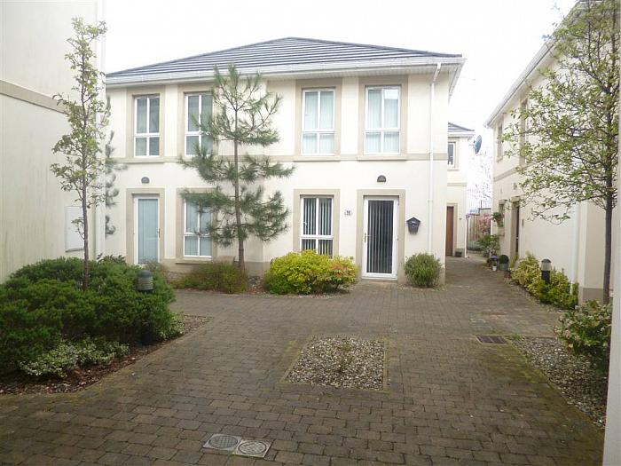 27 Bay Road Manor, Larne